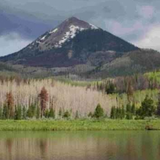 Hahn's Peak Views - Perfect location to build a summer getaway, beautiful pond w/breathtaking views of Hahn's Peak<br />