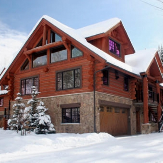 Lodge at Burgess Creek - Absolutely gorgeous handcrafted log townhome located in a beautiful alpine setting just up the hill from the ski area claiming soothing sounds of Burgess Creek<br />