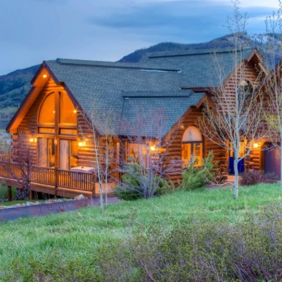 Log Home Near Park - 5BD Fish Creek Area Log Home Bordering Rita Valentine Park<br />