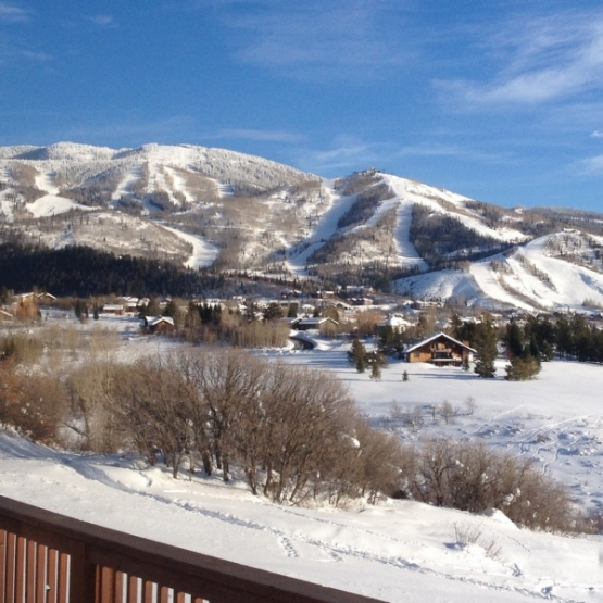 Big Mountain Views - 3BR/2BA Duplex w/ 2214sf next to park and trail system with view corridors of the ski area, Flat Tops, and Emerald Mountain<br />