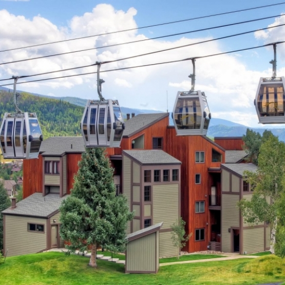 The West Condo - The perfect weekend getaway! Ski and golf retreat in Steamboat Springs<br />
