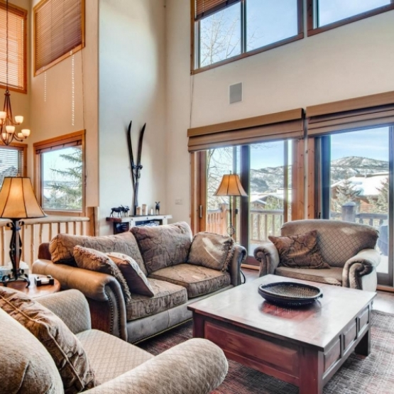 Mountaineer Townhome - Elegant Steamboat Townhome