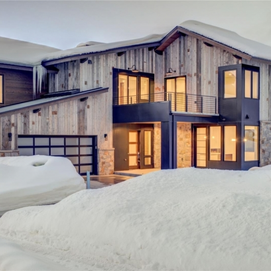 Mountain Contemporary Living - One of the Finest Lots in Barn Village