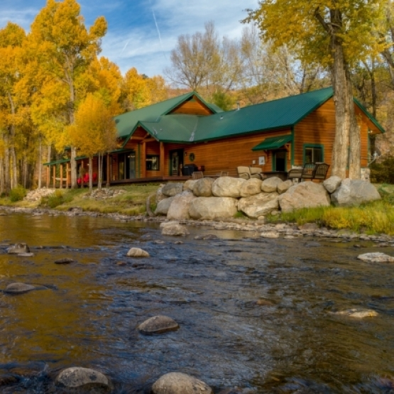 Elk River Living - Gorgeous Home with Private River Frontage on Elk River