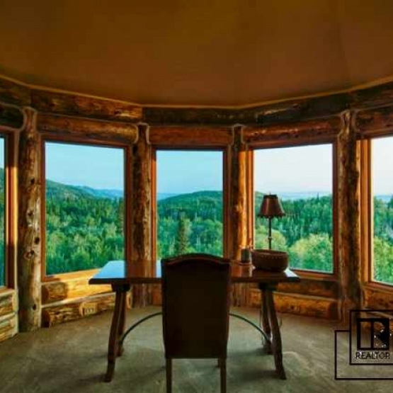 Outdoorsman Retreat - Ultimate in privacy and 300 degree unobstructed views.<br />