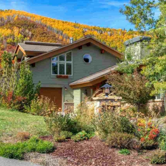 Among the Aspens - The perfect combination of views, privacy and convenience with floor to ceiling windows<br />